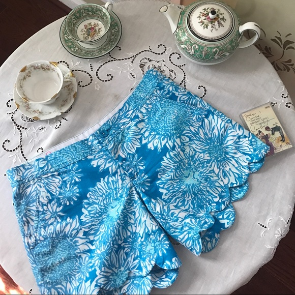 Lilly Pulitzer Pants - Lilly 🦋 Short